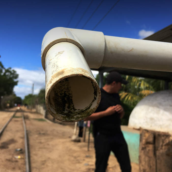 pipe 700 x 700